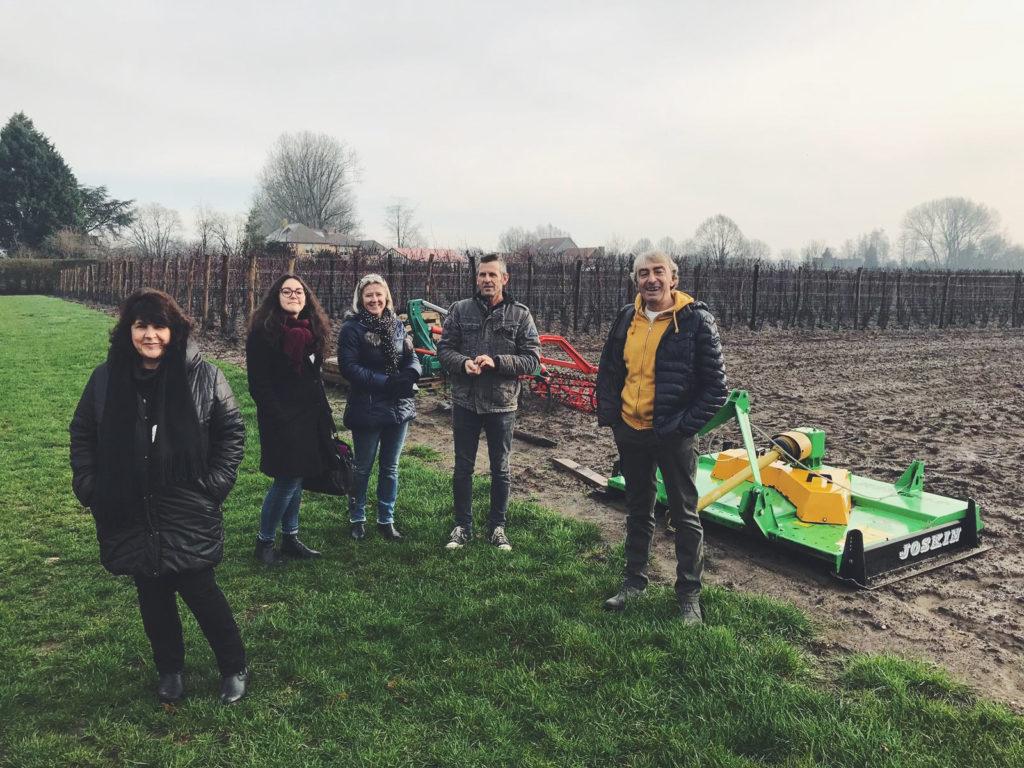 Il gruppo vacanze Campotondo visita la vigna di Valke Vleug in Belgio